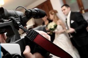 Kinh nghiệm làm việc với thợ quay phim ngày cưới