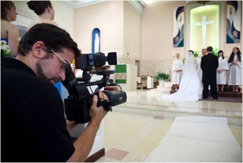 Quay phim cưới tại Nhà thờ